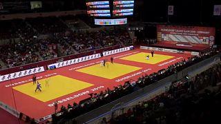 Judo Grand Slam Düsseldorf – Japan dominiert Wettkämpfe