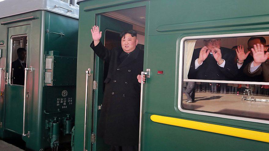 زعيم كوريا الشمالية يغادر إلى فيتنام بالقطار قبيل لقاء القمة مع ترامب
