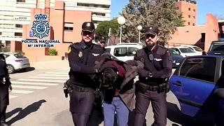 شاب إسباني متهم بقتل والدته والأكل من جثتها