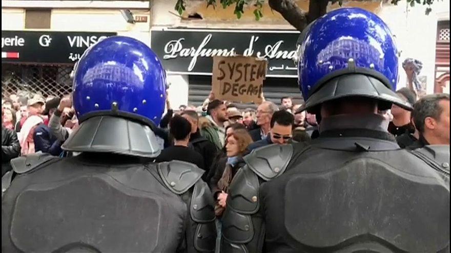 Algérie : nouvelle manifestation anti-Bouteflika