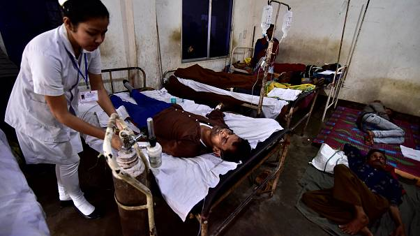 Alcolici al metanolo: morti in India, decine i ricoverati