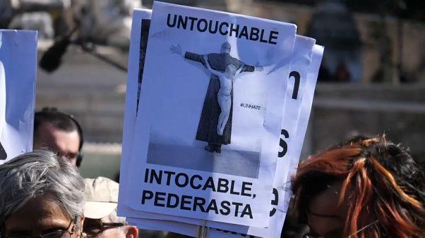 Papa cinsel tacizle topyekün mücadele çağrısı yaptı, kurbanlar yetersiz buldu