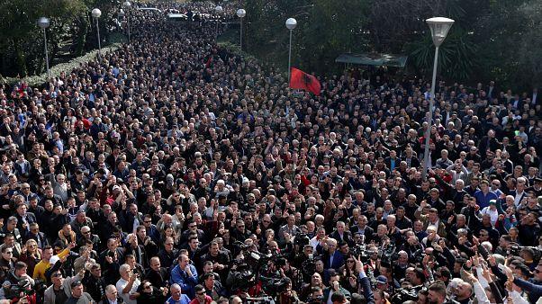 Σε απόγνωση η νεολαία της Αλβανίας