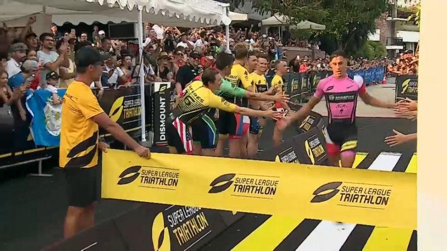 Les champions du triathlon à Singapour