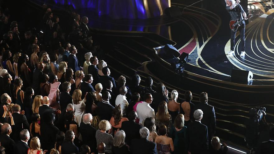 Brian May from 'Queen' opens the 91st Oscars