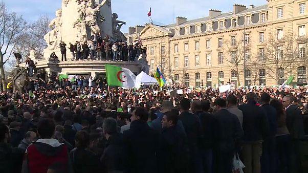 جزائريون في فرنسا يتظاهرون ضد العهدة الخامسة لبوتفليقة والرئيس يصل جنيف لفحوص طبية