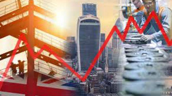 Brexit: İngiltere'de ticari yatırımlar ilk kez dört çeyrek üst üste düşüş gösterdi