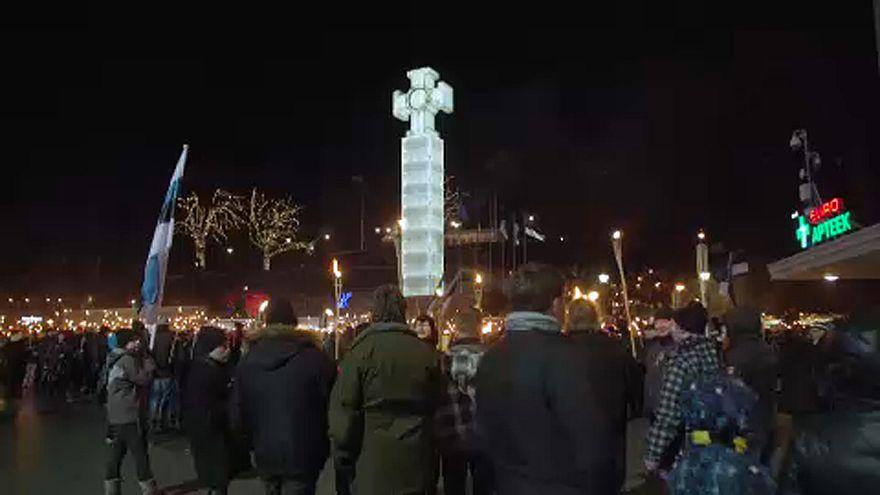 Tüntetések Tallinban az észt függetlenség napján