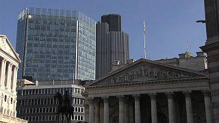 Банк Англии спасает деривативы