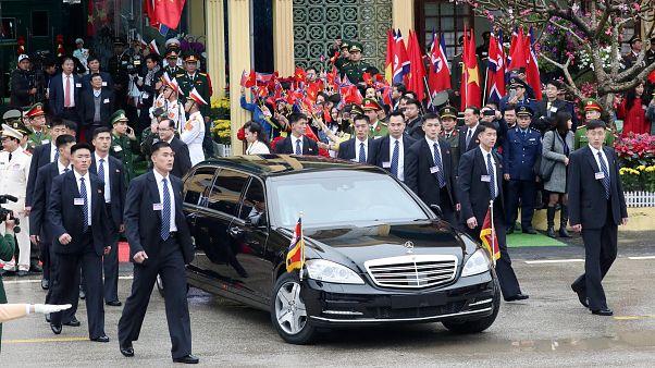 Kim Jong-Un llega a Hanoi para avanzar en las negociaciones con Donald Trump