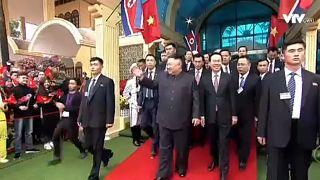 Kezdődik a Trump-Kim-találkozó Hanoiban