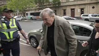 Declaran culpable de abusos a menores al cardenal George Pell