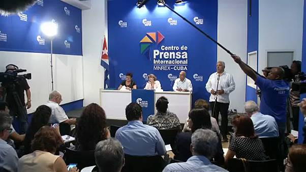 Cubanos aprovam reforma da constituição