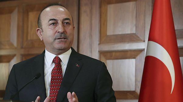 Çavuşoğlu: AB liderlerinin Sisi ile aynı yerde olması ikiyüzlülüktür