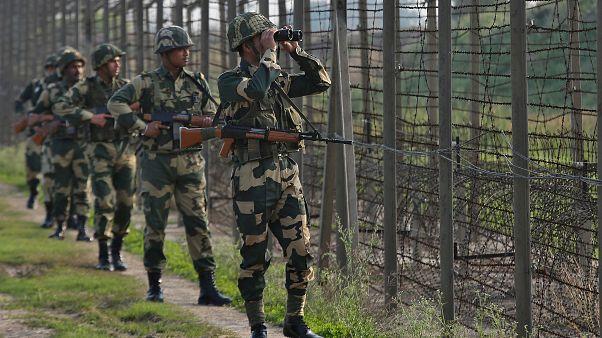 Lage in Kaschmir eskaliert: Indien und Pakistan lassen Konflikt erneut aufflammen