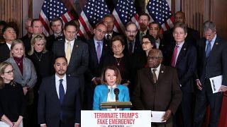 Repräsentantenhaus stimmt gegen Trumps Notstandserklärung