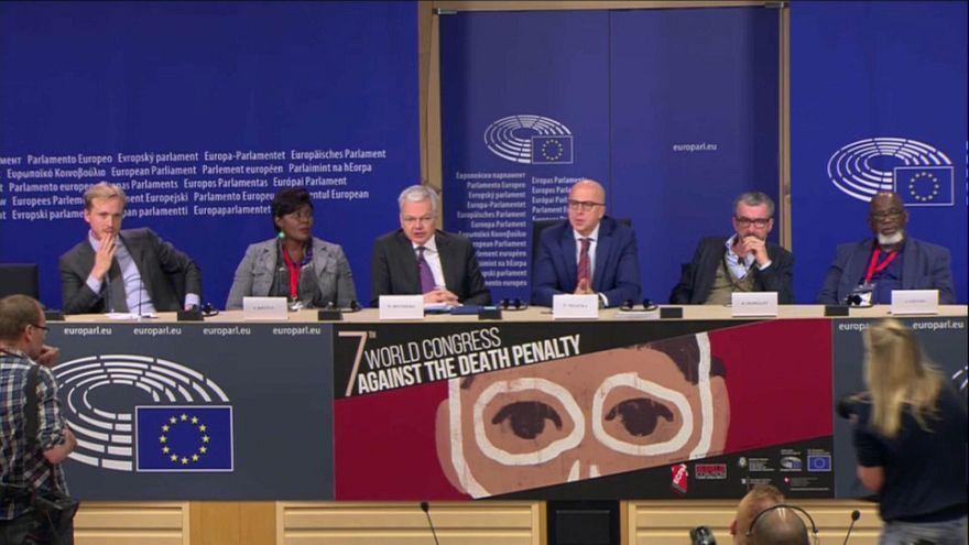 """Europeus """"apanhados"""" na malha da pena de morte"""