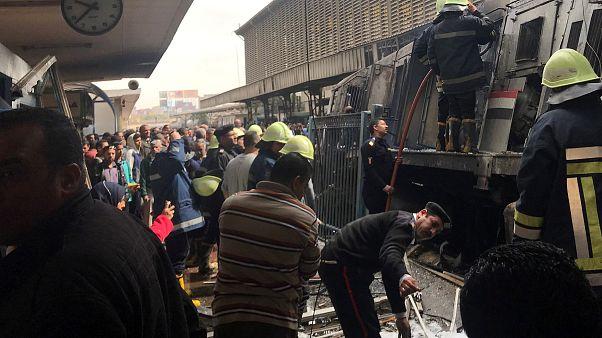 عشرات القتلى والمصابين جراء حريق ضخم في محطة رمسيس في القاهرة