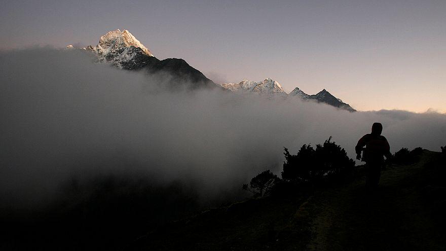 Asya ülkesi Nepal'in Syangboche bölgesinde bulunan Thamserku Dağı