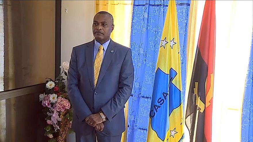 Chivukuvuku expulso da liderança da CASA-CE