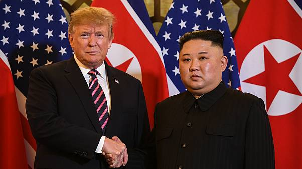 Vietnam'da ABD-Kuzey Kore Zirvesi: Trump ile Kim ikinci kez el sıkıştı