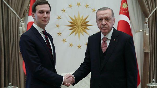 الرئيس التركي رجب طيب إردوغان وجاريد كوشنر