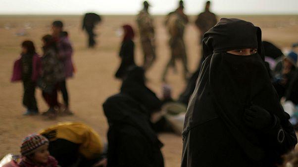 سوریه؛ تخلیه چهل هزار غیرنظامی از آخرین منطقه تحت اشغال نیروهای داعش
