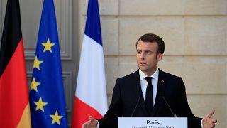 Macron: Halasztásról lehet szó a brexittel kapcsolatban
