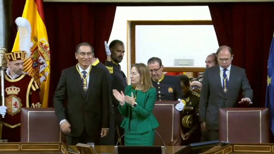 El presidente peruano reclama elecciones en Venezuela