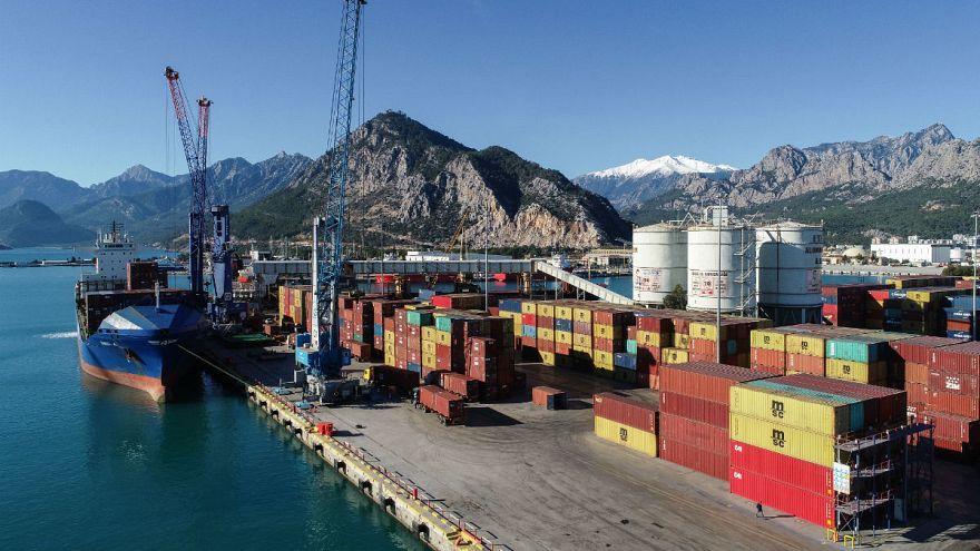 TÜİK dış ticaret verilerini açıkladı: İhracat yüzde 5,9 arttı, ithalat geriledi