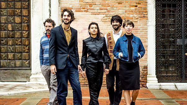 Derya Yildirim & Grup Şimşek en concert live sur Euronews