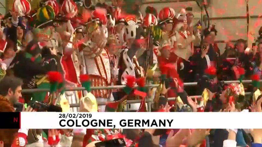 Il rutilante giovedì grasso di Colonia!