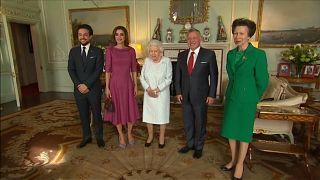 الملكة إليزابيث الثانية ملكة بريطانيا الملك عبد الله والملكة رانيا في لندن