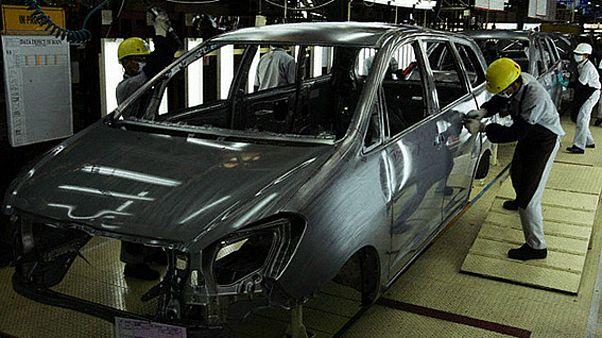 افزایش قیمت خودرو در ایران؛ گفتگو با کارشناسان خودروسازی و اقتصاد