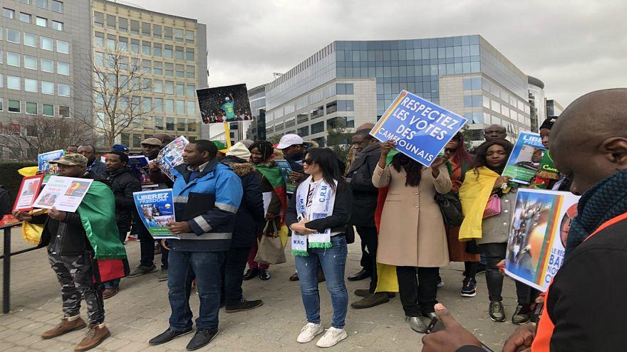 """اعتصامٌ كاميروني أمام المفوضية الأوروبية لوقف """"انتهاكات"""" الرئيس بيا"""
