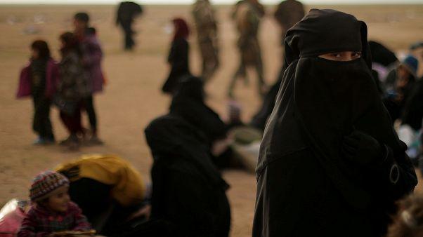 Mulheres de militantes do Daesh querem regressar às origens