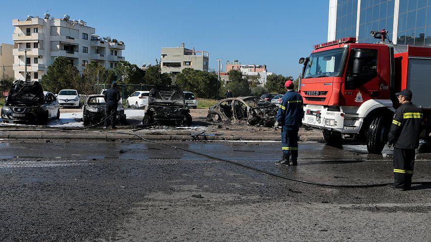 Έκρηξη σε πάρκινγκ στη Γλυφάδα - Ένας τραυματίας