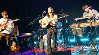 Derya Yıldırım&Grup Şimşek Euronews stüdyosunda konser verdi