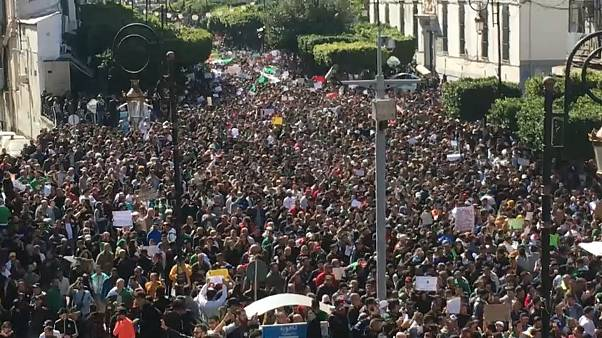Capture d'écran manifestation anti-Bouteflika à Alger le 1/03/2019.