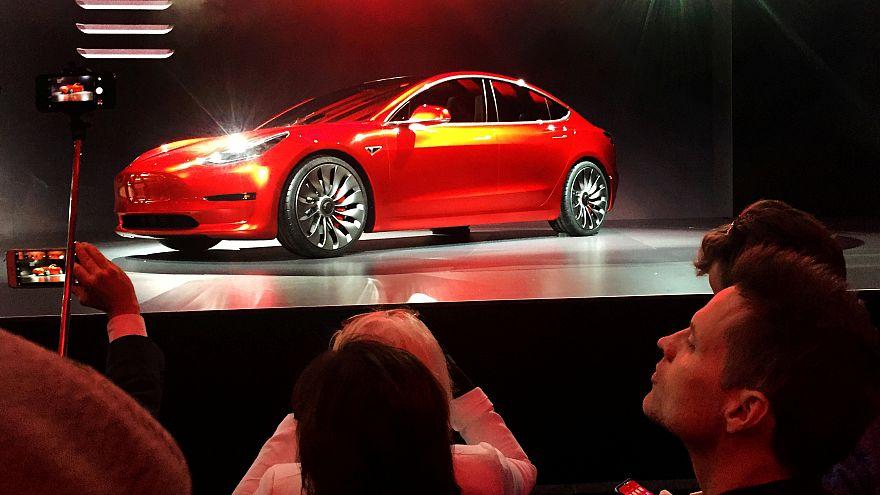Tesla Model 3 internet üzerinden 35 bin dolara satışa çıktı
