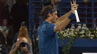 Federer döntős Dubajban