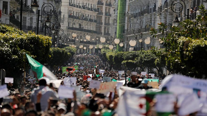 Algerian protesters demand their ailing president steps down