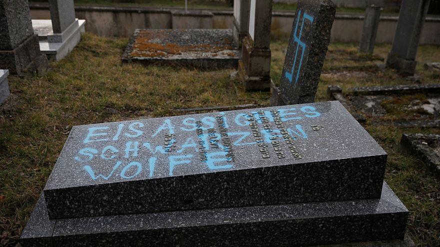 Fransa'da Yahudi anıtına saldırı