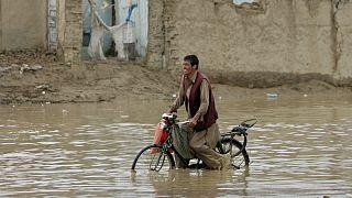 جاری شدن سیل جان دستکم ۲۰ نفر را در افغانستان گرفت