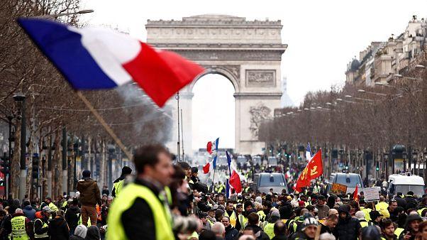 Gilet gialli: sedicesimo sabato di proteste
