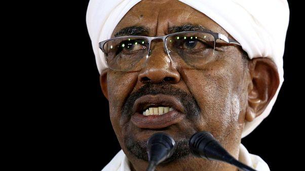زعيم أكبر حزب معارض في السودان يدعو البشير للتنحي