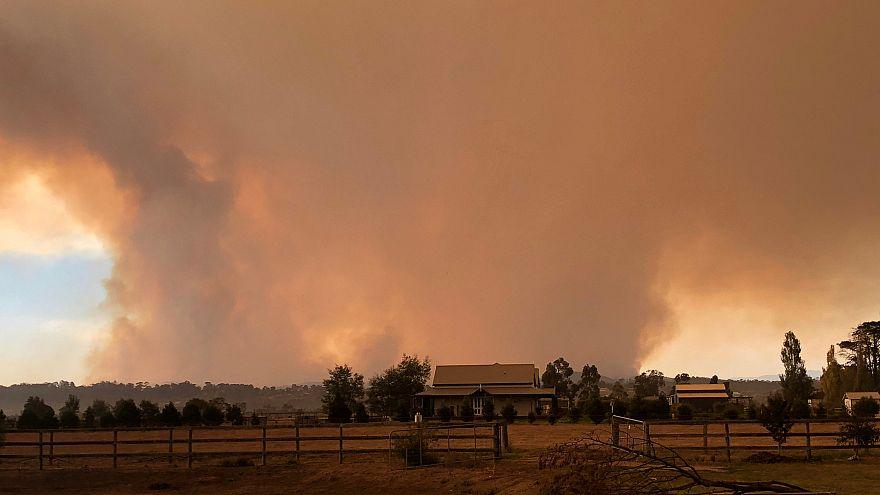 حرائق مستعرة في جنوب أستراليا بسبب موجة حارة غير عادية