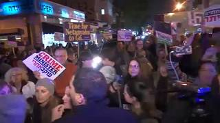 Netanjáhú ellen és mellett is tüntettek