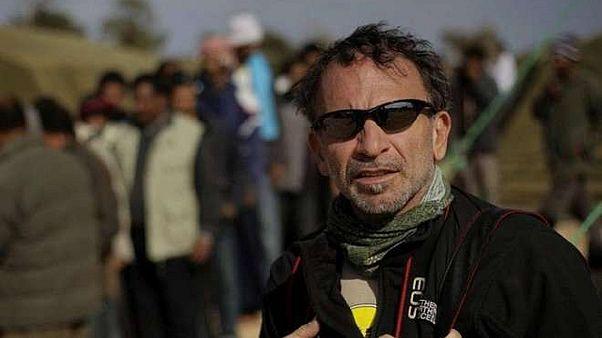 Πέθανε ο βραβευμένος με Πούλιτζερ φωτορεπόρτερ Γιάννης Μπεχράκης