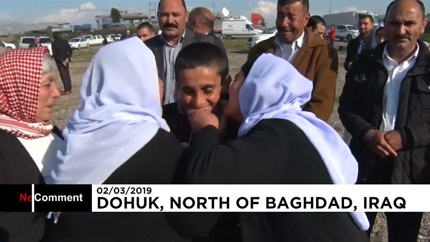 Emotiva vuelta a casa de yazidíes retenidos por el Dáesh en Siria